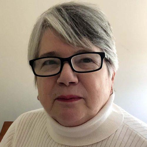 Carolyn Yoder